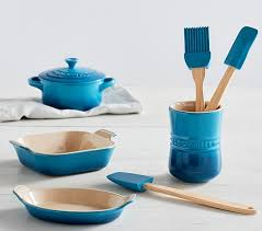 Le Creuset Disney Marseille Blue Le Creuset Toy Bakeware And Utensil Set Pottery