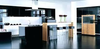 cuisine blanche et noir cuisine blanche et bois free blanc laque ilot central granit design