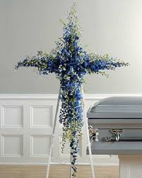flowers for funeral services 82 best funeral flowers images on funeral flowers