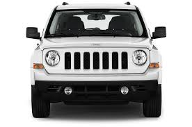 jeep inside view 2014 jeep patriot reviews and rating motor trend
