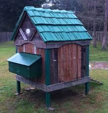 Building Backyard Chicken Coop 18 Easy And Cheap Diy Backyard Chicken Coops