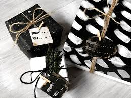 black gift wrap minimal gift wrapping ideas zoel hernández