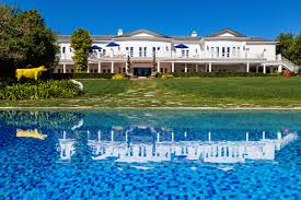 at max azria u0027s 88 million estate in l a there are 17 bedrooms to