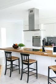 cuisine blanche plan travail bois plan de travail bois cuisine photo cuisine blanche plan de travail