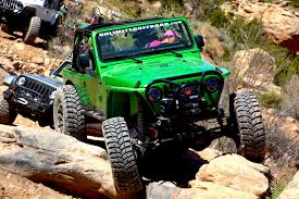 moab jeep trails 5 things i learned rock crawling jeeps in moab autoguide com news