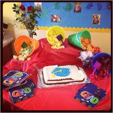 preschool graduation decorations 103 best preschool luau graduation images on hawaiian