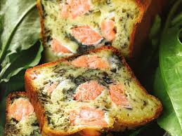 cuisiner oseille cake au saumon et à l oseille recettes femme actuelle