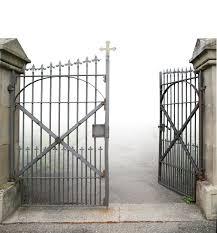 cemetery fence halloween prop 105 best ghosts u0026 graveyards images on pinterest halloween stuff