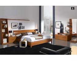 Modern Wood Bedroom Furniture Bedroom Set In Light Cherry Finish Made In Spain 33b201