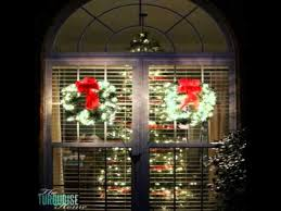 lighted christmas wreaths for windows outdoor lighted christmas wreaths youtube