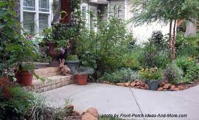 Gardening Ideas For Front Yard Front Yard Landscaping Landscaping Yards Privacy Landscaping