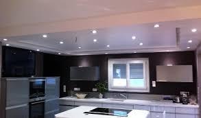 plafond de cuisine cuisine aménagée réalisations cannes