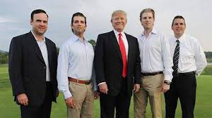 Golf Caddy Resume How A Golf Caddie Became Donald Trump U0027s Campaign Confidant