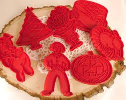 vintage tupperware cookie cutters thanksgiving