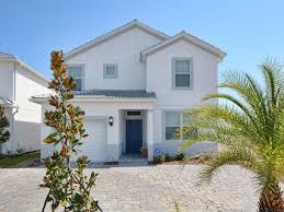 5 Bedroom Vacation Rentals In Florida 5 Bedroom Lake View Themed House In Orlando Near Parks At Storey
