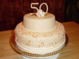 golden wedding cakes preparing the 50th wedding anniversary cakes marifarthing