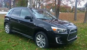 black mitsubishi outlander 2016 review 2015 mitsubishi outlander an urban dwellers crossover