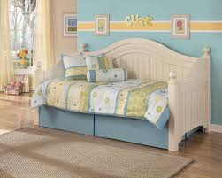 Lowes Bedroom Furniture by Bedroom White Trundle Daybed With Purple Bedding And Pillows Plus