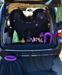 halloween trunk or treat blog hop tikkido com