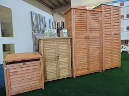 armadi in legno per esterni armadio legno esterno le migliori idee di design per la casa