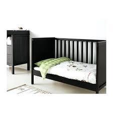 chambre bebe noir chambre bebe noir deco en noir et blanc pour chambre enfant chambre