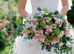 wedding flowers types what are the most popular types of wedding flowers arrangements