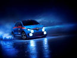 renault dezir blue paris motor show sees unexpected romance from renault cnn style