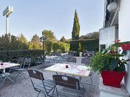 aix en provence hotel campanile aix en provence est meyreuil france booking com