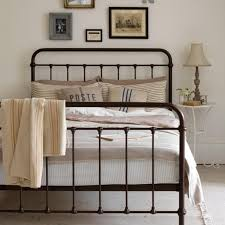 Ideas For Antique Iron Beds Design Best Ideas For Antique Iron Beds Design 10 Gorgeous Basic Iron Bed