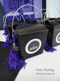 graduation favor ideas best 25 grad party favors ideas on graduation party