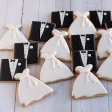 favor cookies 10 custom wedding cookie favor ideas will you buy or bake