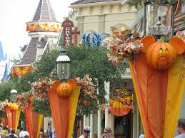 disney fall decorations living in a grown up world