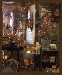 Decorating Ideas With Antiques Best 25 Vintage Store Displays Ideas On Pinterest Vintage Shop
