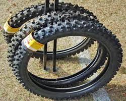 Do Car Tires Have Tubes Tips On Changing Tires U0026 Inner Tubes On A Dirt Bike U0026 How To Do It
