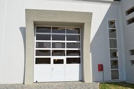 porte per capannoni soppalchi scaffalature arredamenti aziendali e commerciali