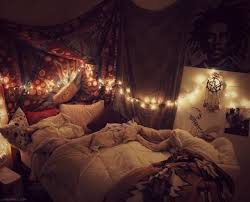 String Lighting For Bedrooms by Bedroom Astounding Hipster Bedroom With White Pillows And White