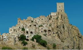craco the abandoned medieval ghost town of italy ancient origins