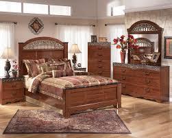 7 Piece Bedroom Set Queen Traditional Wooden Bedroom Suite With Beautiful Design