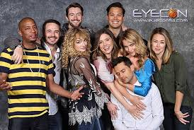 one tree hill cast reunion photos eyecon brings back the ravens