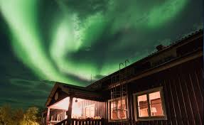 Best Time Of Year To See Northern Lights When To See The Northern Lights In Swedish Lapland Swedish Lapland