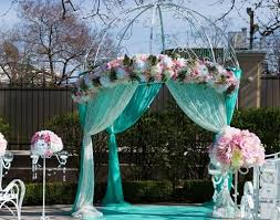 wedding arches flowers to decorate a wedding arch with flowers