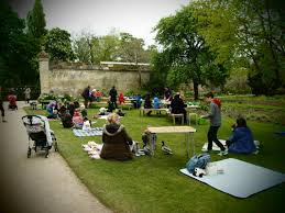 Botanical Gardens Oxford Teddy Bears Picnic Fives Event At Oxford Botanic Garden