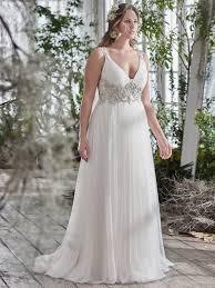 wedding dresses for larger brides flattering wedding dresses for curvy brides maggie