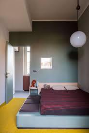 Schlafzimmer Ohne Schrank Gestalten Podestbett Bauen Praktische Lösung Fürs Moderne Schlafzimmer