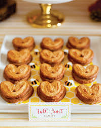 Baby Showers Ideas by Pretty Winnie The Pooh Baby Shower Ideas Popsugar Moms