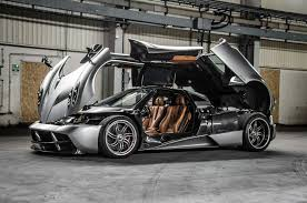 pagani hypercar pagani huayra exposed shift mechanism 2012 car design news