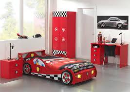 chambre mcqueen chambre a coucher flash mcqueen chambre idées de décoration de