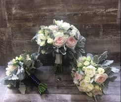 wedding flowers queanbeyan lilac vine florist wedding flowers queanbeyan easy weddings