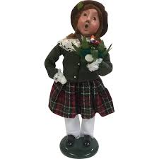 byers choice the carolers figurine holding candle