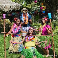 luau theme party luau limbo idea totally tiki luau party ideas luau party ideas